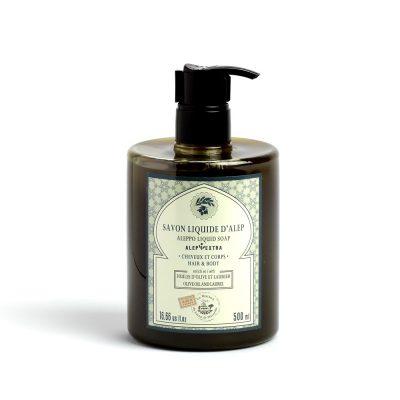 500 ml Aleppotvål Flytande. Mörkgrön plastflaska med svart kork. Vit etikett med grön text. 8% av lagerbärsoljan. Rundare och bredare flaska.